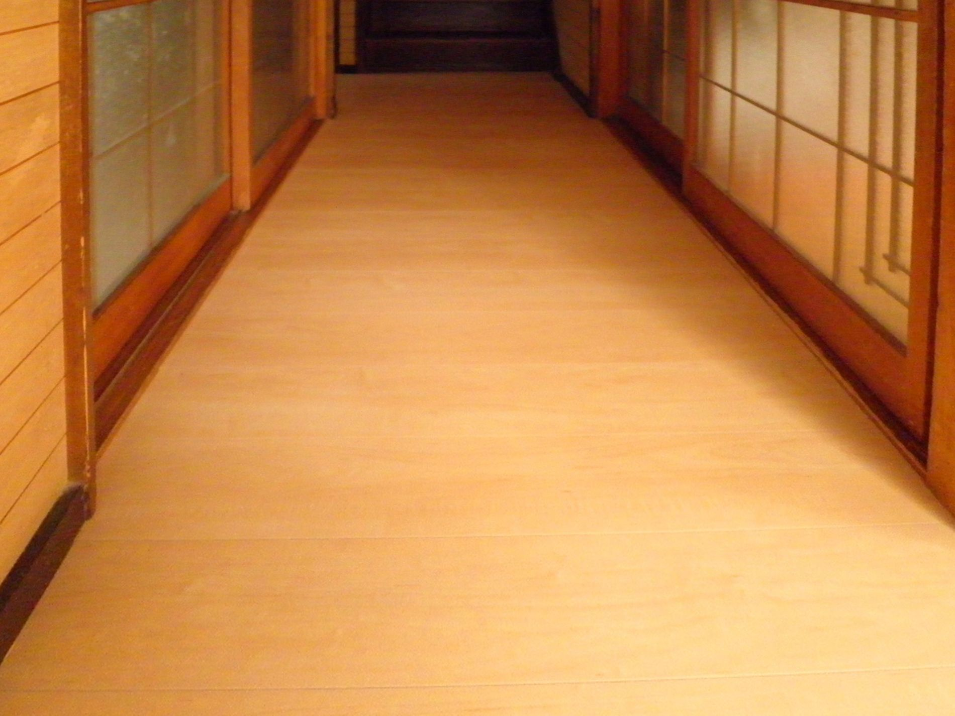 廊下床改修 施工後1