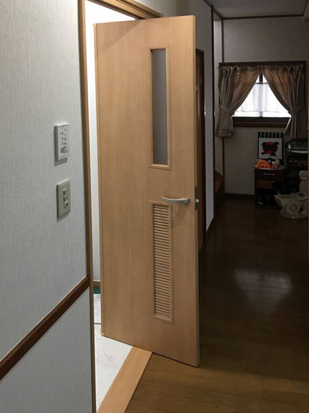 b022-doorafter