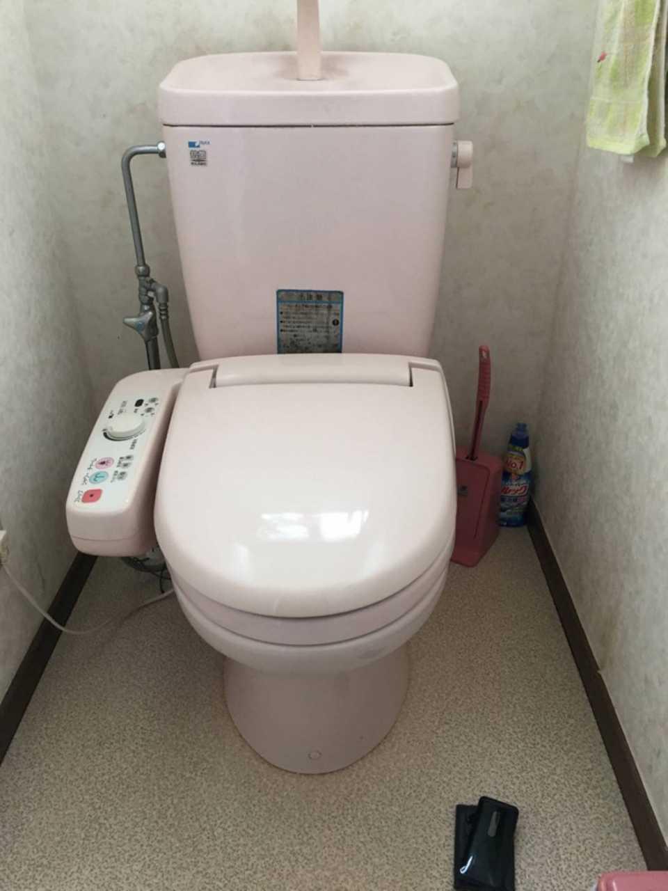 t052トイレ 施工前